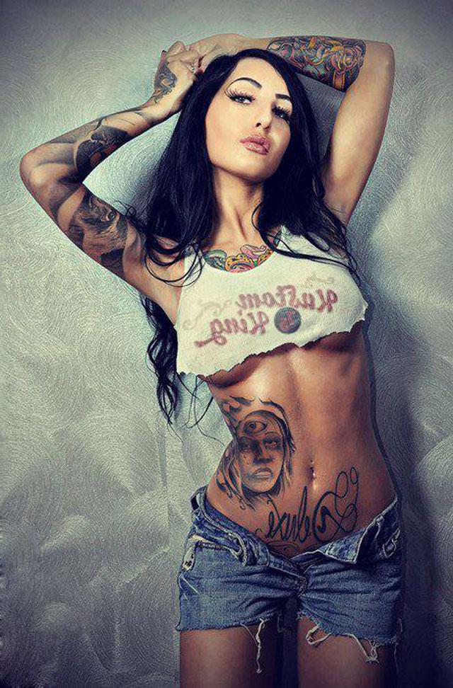 Tatuajes de mujeres desnudas picture 80